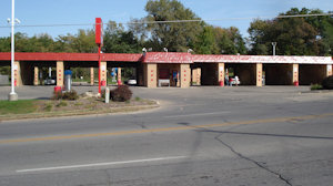 Car Wash located on Martin Luther King Parkway in Des Moines, IA