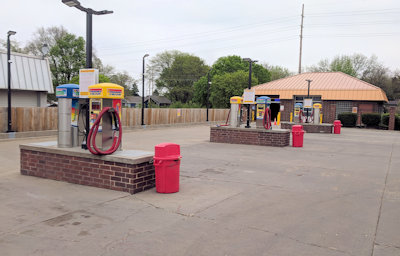 Spotfree Car Wash Vacuum Area - e 14th street location